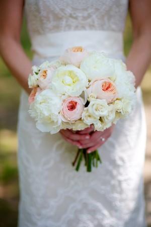 Elegant Pale Pink and Cream Bouquet