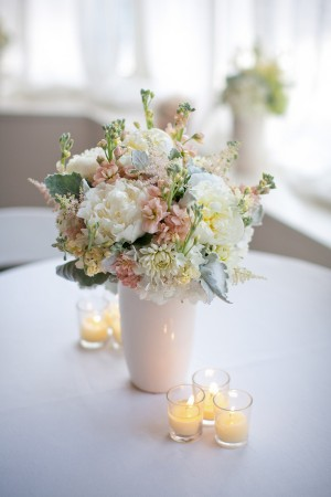 Pink and White Reception Table Centerpiece 1