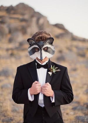 Groom Racoon Mask