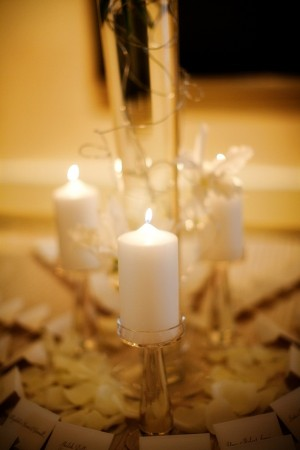 Place Card Table With White Pillar Candles