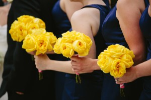 Yellow Garden Rose Bouquets