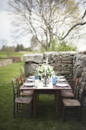 Gray Blue and White Outdoor Tablescape 1