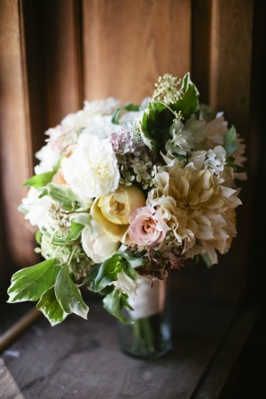 Pale Yellow and Peach Bouquet 1