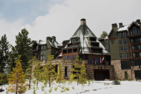 Ski Lodge Wedding Venue Ideas