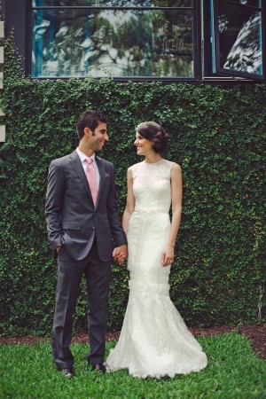 Sleeveless Wedding Gown With Lace 2