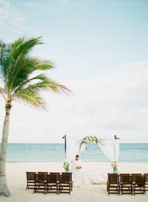 Beach Ceremony Decor Ideas