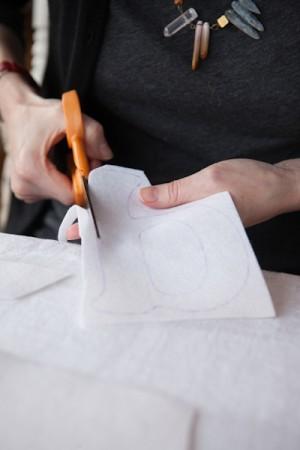 DIY Monogrammed Embroidery Hoops by Rafters of Cedars 8