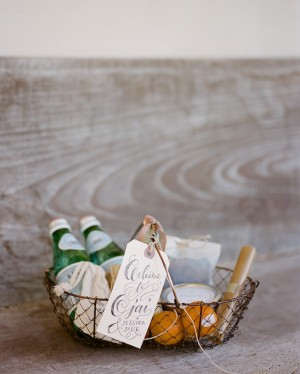 Elegant Wedding Welcome Basket e1356494125658