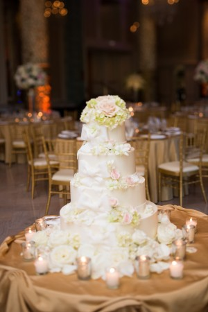 Four Tier Round Wedding Cake With Flowers