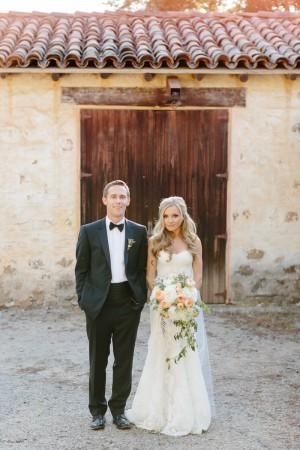 Pastel Garden Ranch Wedding by Erin Hearts Court 6