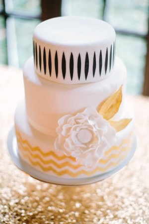 White Black Gold Wedding Cake