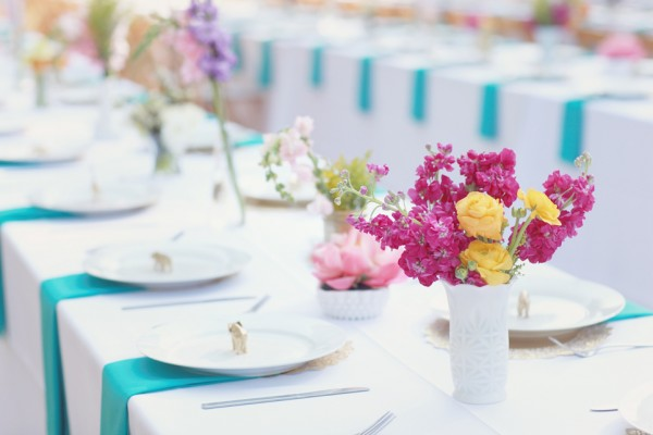 White and Turquoise Reception Table Linens