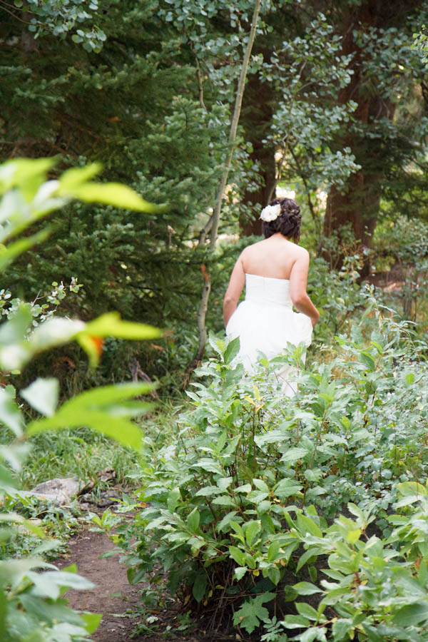 Woodsy Natural Outdoor Wedding by Kate Osborne Photography 6
