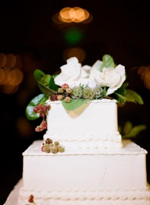 Fall Floral Decor on Wedding Cake