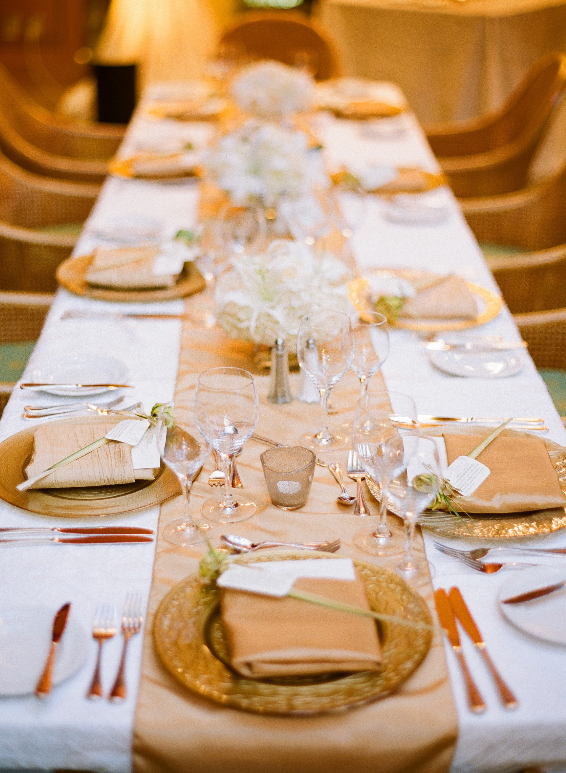 Gold And Champagne Reception Table Setting Elizabeth
