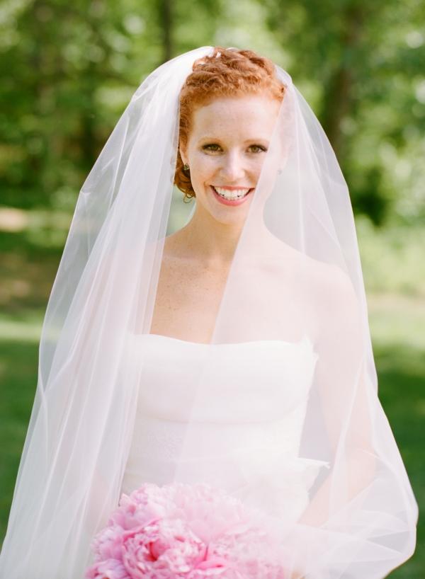 Classic Redhead Bride