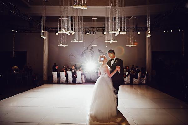 Modern wedding reception elizabeth anne designs the wedding blog modern wedding reception junglespirit Images