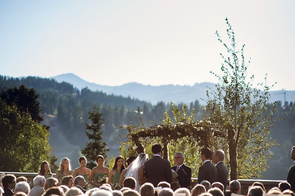Incroyable Outdoor Mountain Wedding Ceremony Venue