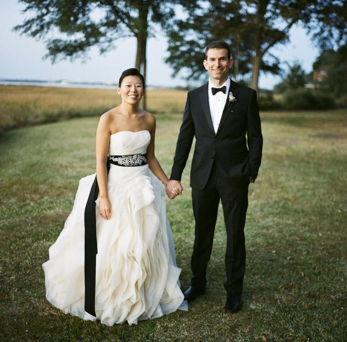 Vera Wang Wedding Gown Elizabeth Anne Designs The Wedding Blog