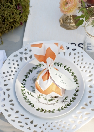 Whimsical White and Green China Reception Decor Ideas