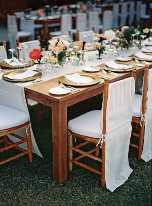 Wood and Gold Reception Table Decor 1