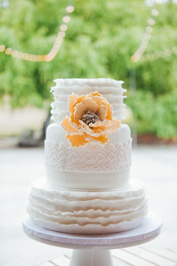 Buttercream Wedding Cake With Sugar Flower
