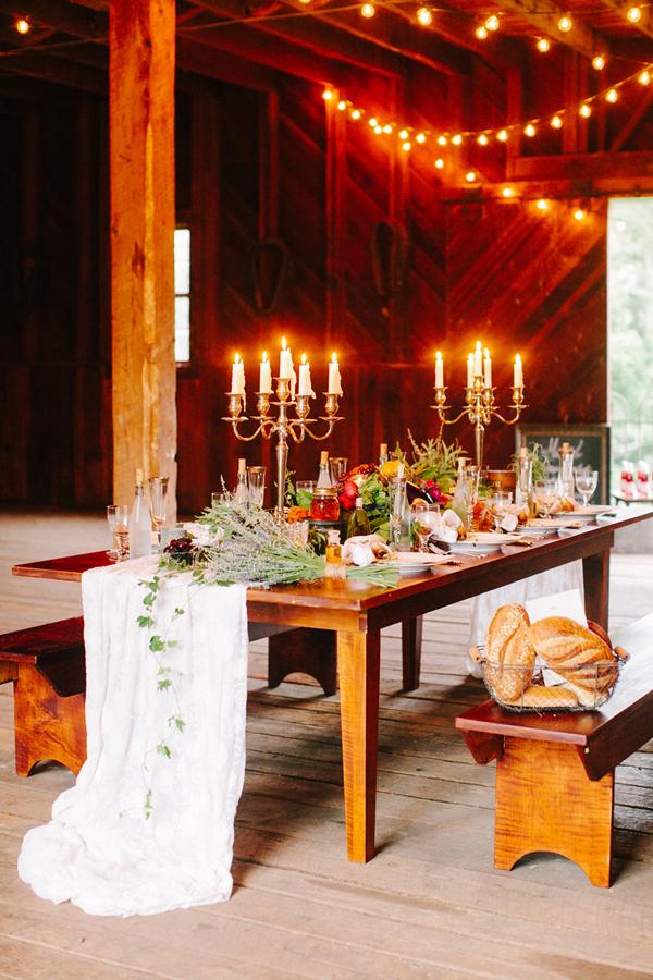 Elegant Barn Wedding Tabletop