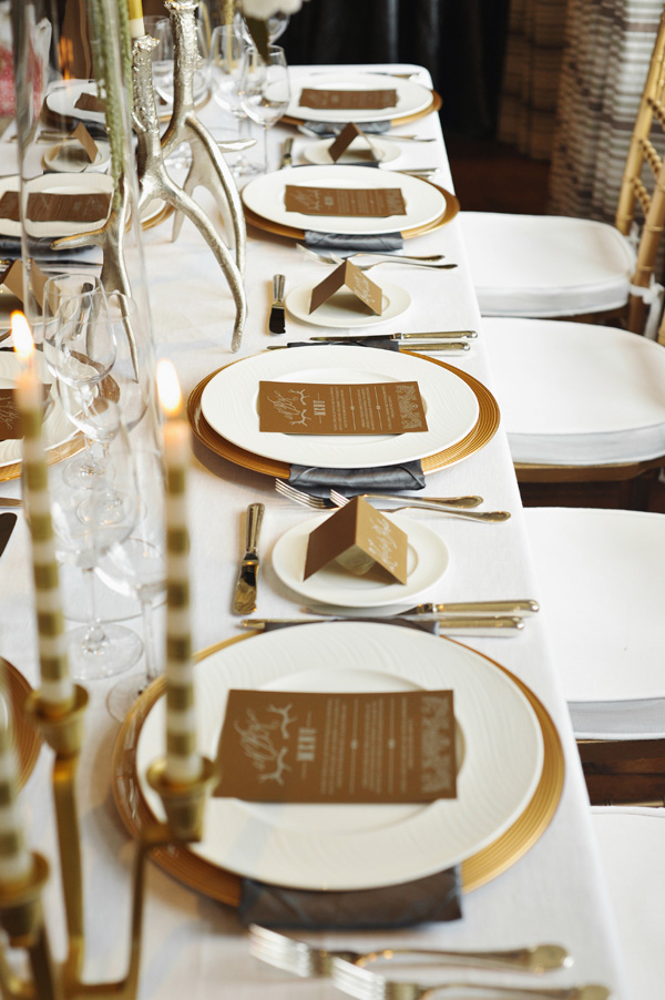 Gold and cream reception table decor elizabeth anne for Golden wedding table decorations