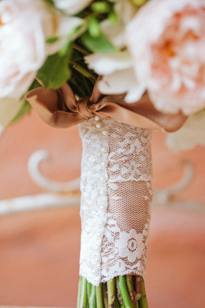 Lace and Pearl Wrap on Bouquet
