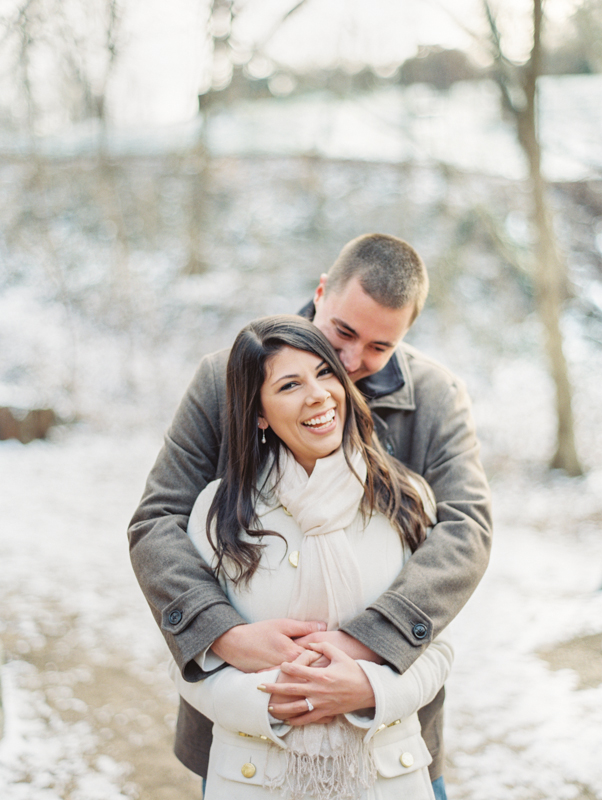 Outdoor Winter Wedding Photography: Outdoor Winter Engagement Session