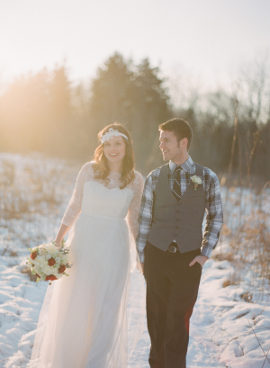 Red and White Bouquet Winter Wedding Ideas