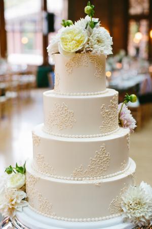 Simple Round Wedding Cake