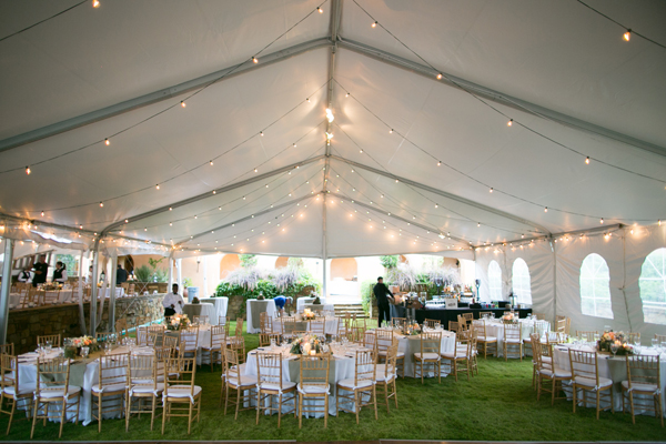texas tent reception ideas taylor lord photography elizabeth anne designs the wedding blog. Black Bedroom Furniture Sets. Home Design Ideas