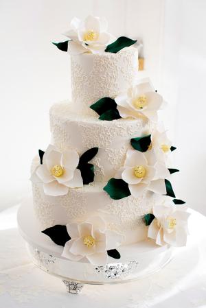 Cake with Sugar Gardenias
