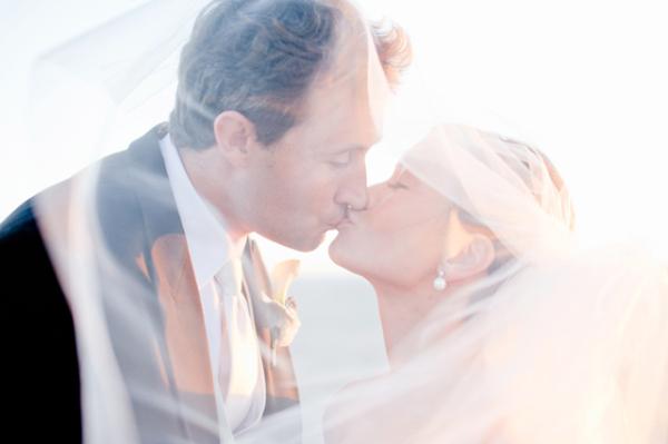 Couple Kissing Portrait Connie Lyu Photography