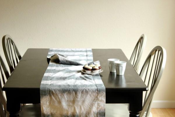 DIY Dip Dyed Table Runner