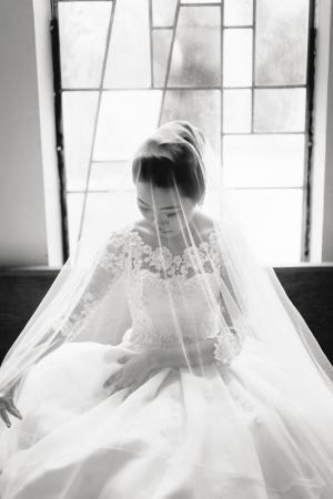 Elegant Black and White Wedding Portrait