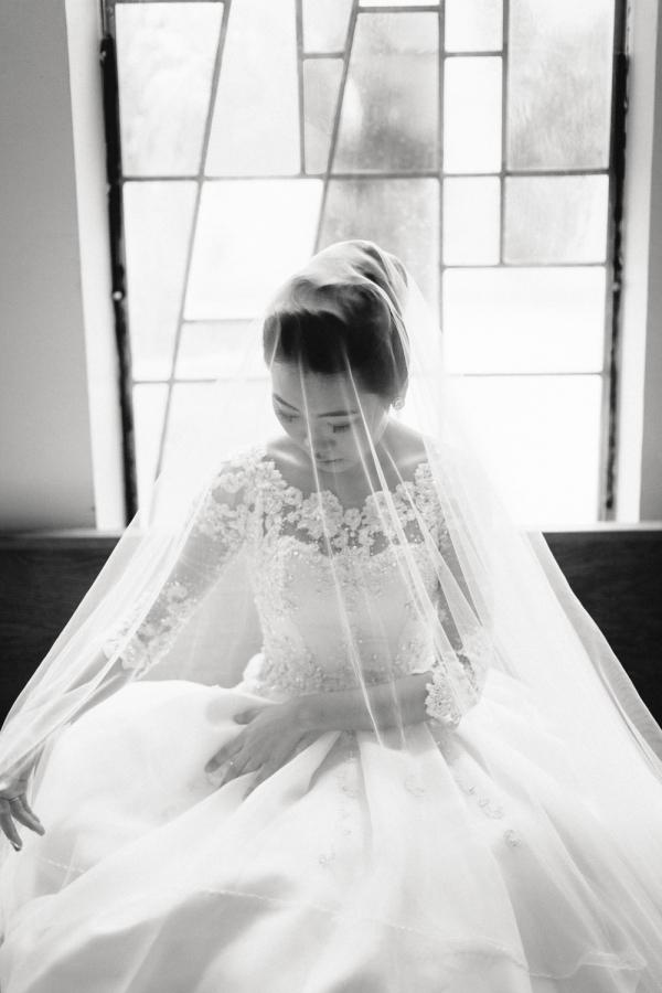 Elegant Black and White Wedding Portrait - Elizabeth Anne Designs ...