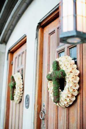 Rose Wreaths With Moss Crosses