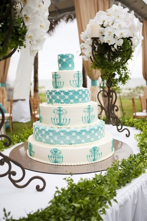 Tiffany Blue and White Wedding Cake With Chandelier Motif