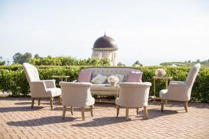 Blush Wedding Lounge Area
