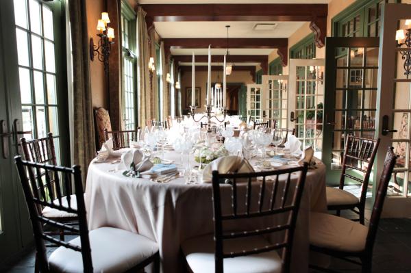 Classic Cream Reception Table Decor