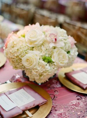 Cream Rose and Hydrangea Centerpiece