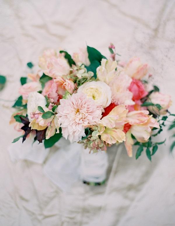 Elegant Peach Pink Bouquet