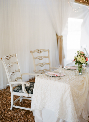 Lace Linens on Head Reception Table
