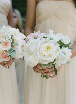 Peach and White Bridesmaids Bouquets
