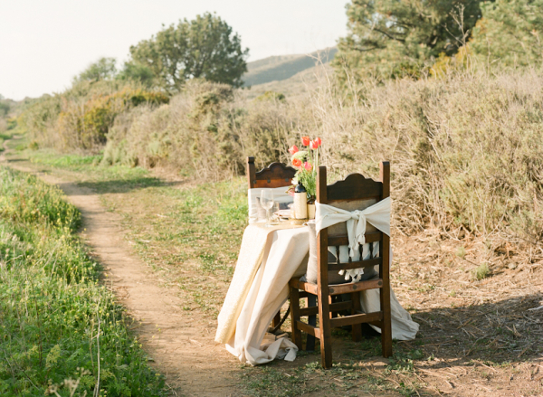 Simple Rustic Spring Table