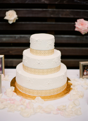 Wedding Cake With Geometric Border Design
