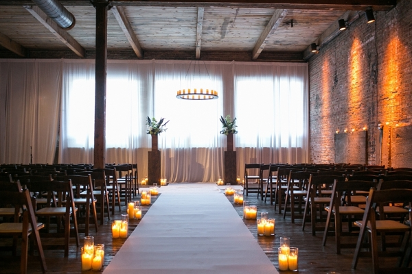 Chicago Gallery Wedding Venue With Brick Walls