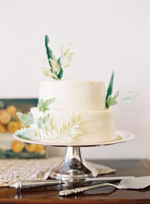 Leaf Inspired Wedding Cake